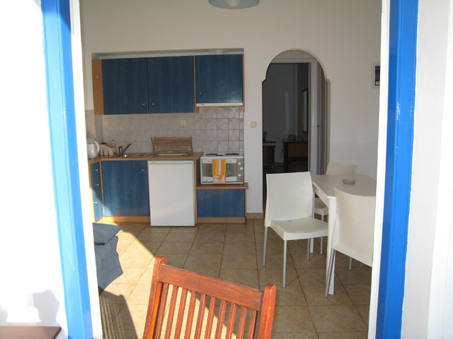 andros-rooms-apartments-studios-chora-nimporio-9