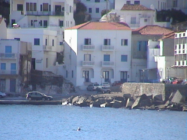 andros-rooms-apartments-studios-chora-nimporio1